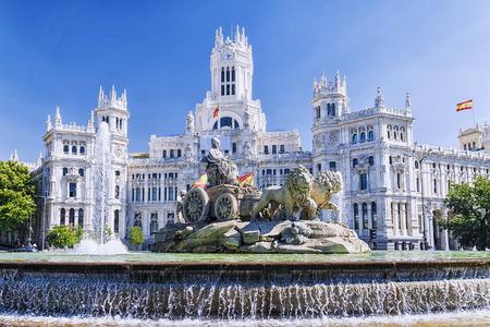 마드리드, 스페인의 Cibeles 분수 스톡 콘텐츠 - 71022491