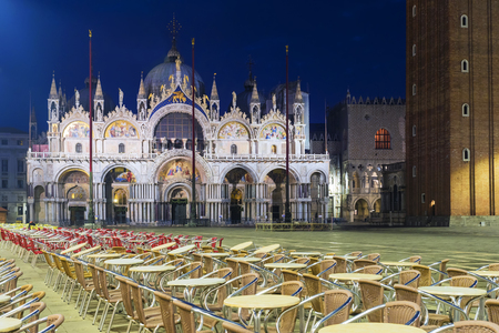 St. Marks Cathedral in San Marco square in Venice, Italy 스톡 콘텐츠
