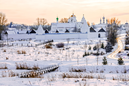 Pokrovsky Monastery in Suzdal. Russia.gold ring of Russia 스톡 콘텐츠