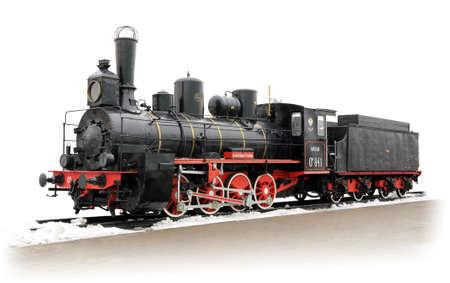 locomotora: Vieja locomotora de vapor ruso sobre las vías aisladas sobre fondo blanco Editorial
