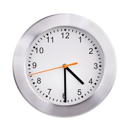 mediodía: Mediod�a en el dial de la gran reloj redondo Foto de archivo