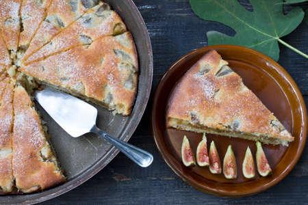 freshly prepared: Piece of freshly prepared pies figs