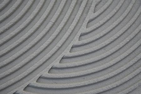 tile adhesive: laying the tile adhesive