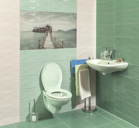 ritzy: comfortable modern bathroom with green tiles