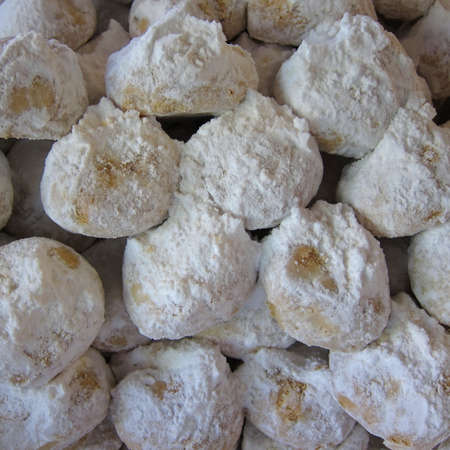 Kourabiedes, Greek christmas cookies, with butter and icing sugar Stock Photo - 10460012