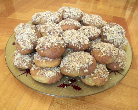 cinammon: melomakarona, greek traditional cinammon and wnuts cookies with honey syrup