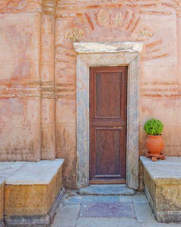 porches: door and flowerpot