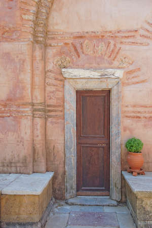 door and flowerpot photo