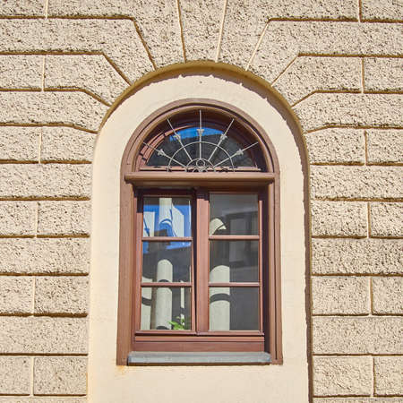 vintage home arched window