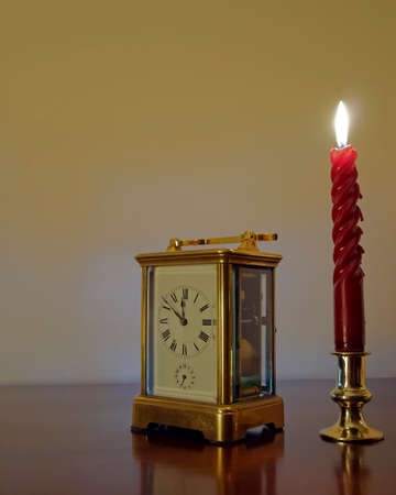 Y Año Reloj Bronce Nuevo Vela Anticipación Antes De Minutos mO8n0Nwyv