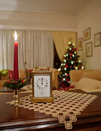 12 oclock: elegant decorated living room on new years eve