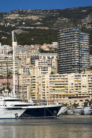 Monte Carlo and the Port Hercules