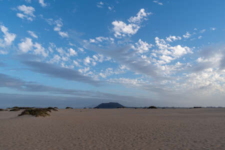 Morning view of Corralejo beach on Fuerteventura, Canary Islands, Spain Imagens