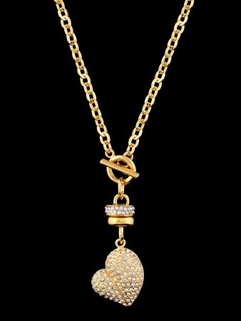 Cuore d'oro con brillanti, pendente isolato su sfondo nero Archivio Fotografico - 11904399