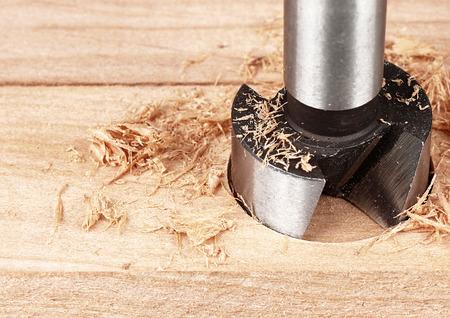木材加工、穴あけ、オーガーをコピー スペースをクローズ アップ