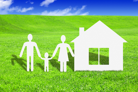 Paper family with house, make your house concept Imagens