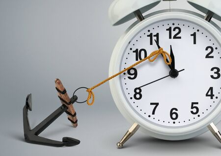 Concept de temps d'arrêt, arrêt d'horloge par ancre