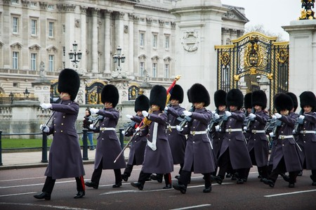 batallon: El cambio de guardia en el Palacio de Buckingham Foto de archivo
