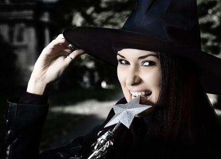beldam: Strega nel cappello