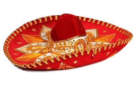 sombrero de charro: Sombrero rojo aislado en blanco