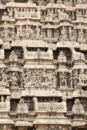 hindu god shiva: Tower (gopura) of Arunachaleswar Temple. Tiruvannamalai, Tamil Nadu, India