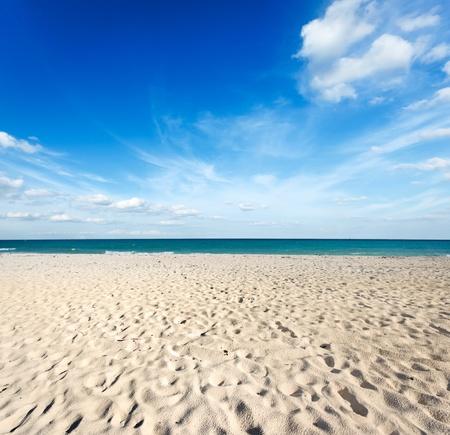 riviera maya: Beautiful beach and  waves of Caribbean Sea. Riviera Maya, Mexico