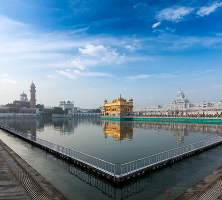 Sikh gurdwara Golden Temple (Harmandir Sahib). Amritsar, Punjab, India Stock Photo - 15446445