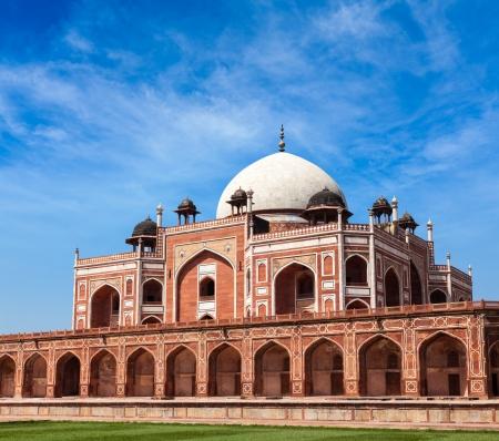 tumbas: Tumba de Humayun. Delhi, India. Patrimonio de la Humanidad