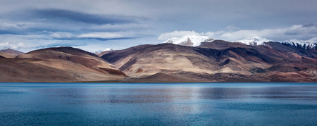 wetland conservation: Panorama of Himalayan mountain lake in Himalayas Tso Moriri (official name: Tsomoriri Wetland Conservation Reserve), Korzok,  Changthang area, Ladakh, Jammu and Kashmir, India