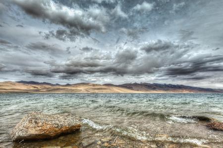 wetland conservation: Himalayan mountain lake in Himalayas Tso Moriri (official name: Tsomoriri Wetland Conservation Reserve), Korzok,  Changthang area, Ladakh, Jammu and Kashmir, India Stock Photo