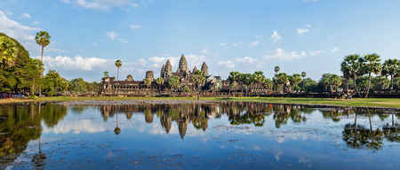 angkor wat: Panorama of famous Cambodia landmark Angkor Wat