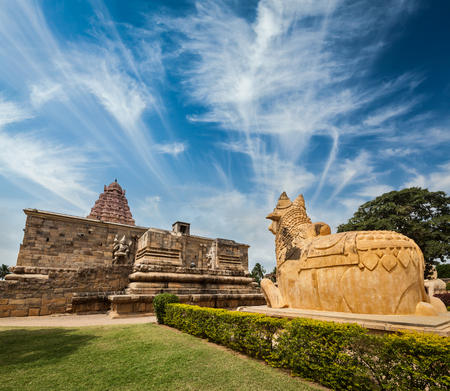 nandi: Hindu temple Gangai Konda Cholapuram with giant statue of bull Nandi. Tamil Nadu, India