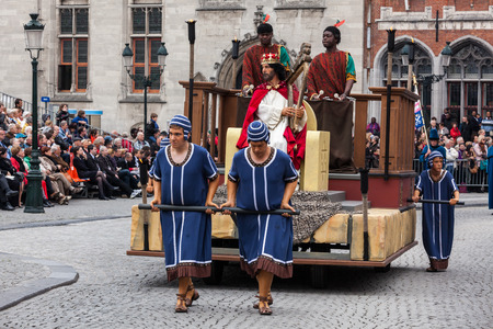 pilgrim costume: BRUGES, BELGIUM - MAY 17: Annual Procession of the Holy Blood on Ascension Day. Locals perform  dramatizations of Biblical events - King David character. May 17, 2012 in Bruges (Brugge), Belgium