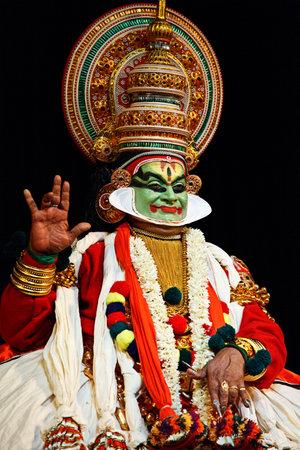 kathakali: CHENNAI, INDIA - SEPTEMBER 7: Indian traditional dance drama Kathakali preformance on September 7, 2009 in Chennai, India. Performer plays Arjuna (pacha) character
