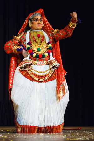 kerala culture: CHENNAI, INDIA - SEPTEMBER 8: Indian traditional dance drama Kathakali preformance on September 8, 2009 in Chennai, India. Performer plays Subhadra (minukku) character of Ramayana Editorial