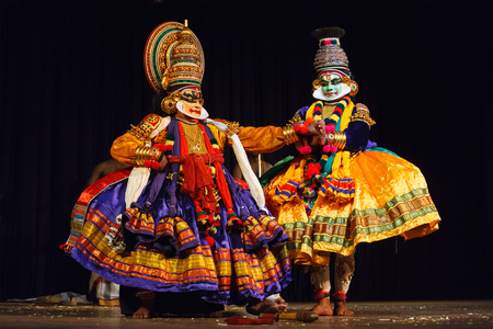 kerala culture: CHENNAI, INDIA - SEPTEMBER 8: Indian traditional dance drama Kathakali preformance on September 8, 2009 in Chennai, India. Performers play Krishna (pacha) and Balarama (pazhupu) characters in Ramayana.