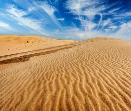 sand dunes: Desert sand dunes on sunrise