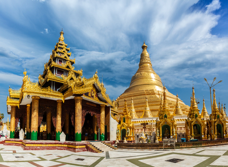 travelled: Shwedagon pagoda