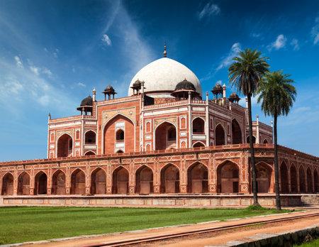 mausoleum: Humayuns Tomb. Delhi, India