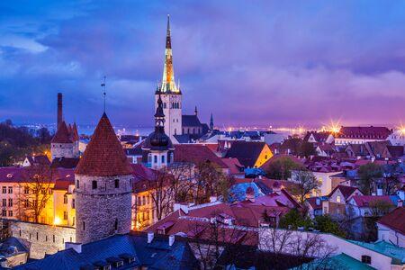 タリンの中世の旧市街、エストニア 写真素材