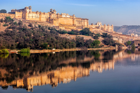 Berühmte Rajasthan indischen Wahrzeichen - Amer (gelb) Fort, Jaipur, Rajasthan, Indien