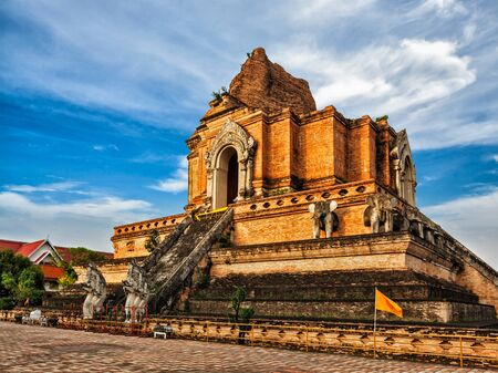 buddhist temple: Buddhist temple Wat Chedi Luang. Chiang Mai, Thailand Stock Photo