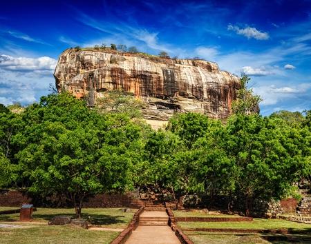 シギリヤ ・ ロック - 有名なスリランカ観光のランドマーク、スリランカ 写真素材
