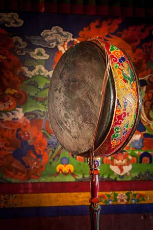 gompa: Gong (drum) in Spituk gompa (Tibetan Buddhist monastery). Ladadkh, India