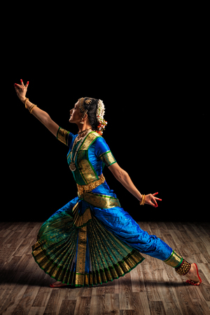 tamil nadu: Indian culture - beautiful woman dancer exponent of Indian classical dance Bharatanatyam of Tamil Nadu state Stock Photo