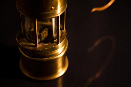 Detail Mining Lamp