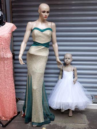 mannequins: Mannequins