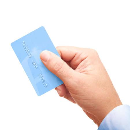 Main d'un homme d'affaires détenant une carte de crédit en plastique