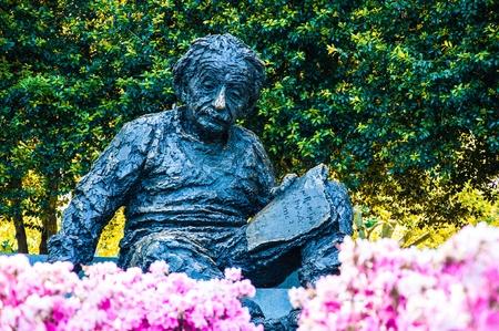 einstein: Albert Einstein Memorial in at the National Academy of Sciences in WashingtonDC, USA