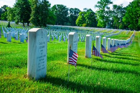 Arlington National Cemetery near to Washington DC, in Memorial Day 新聞圖片